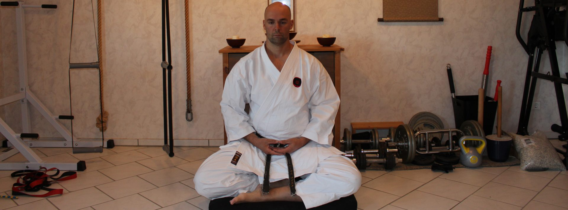 Train traditional karate – apply it for todays needs!
